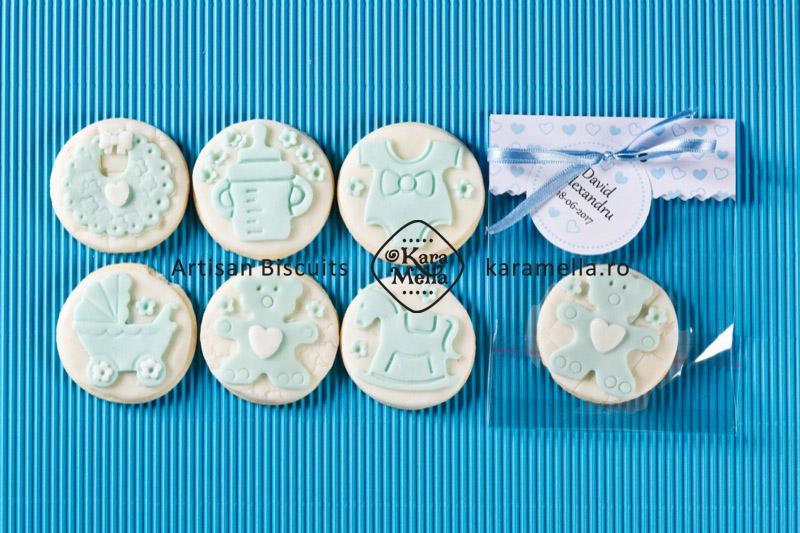 Biscuiți decorați mărturii de botez băiețel