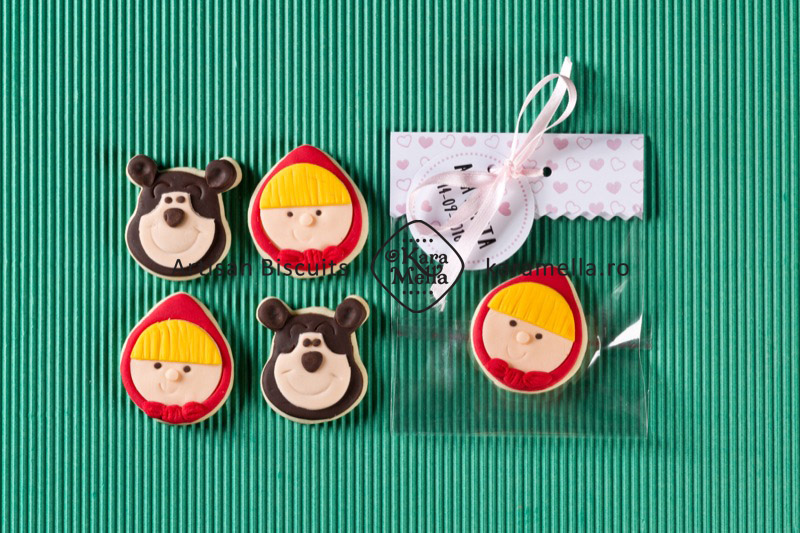 Biscuiti decorati Masha si ursul