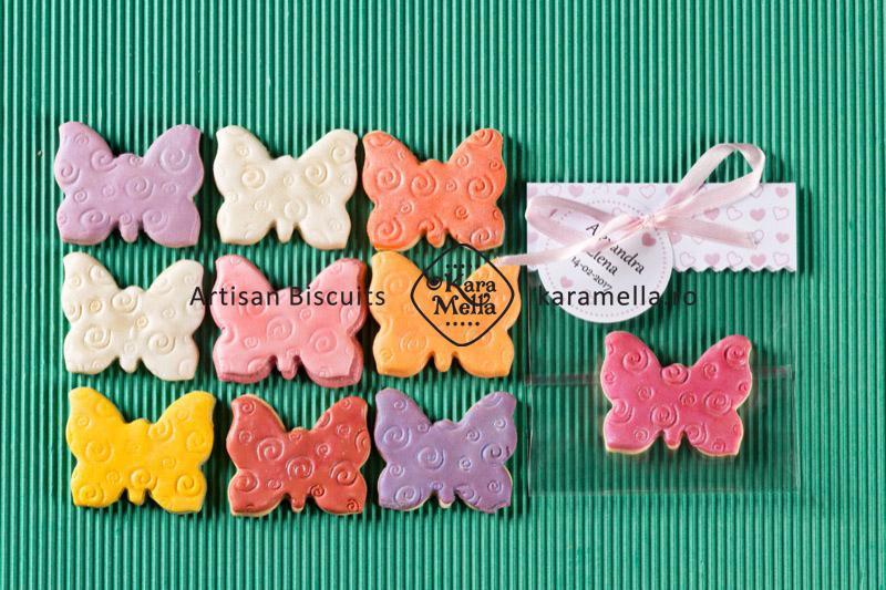 Biscuiți decorați fluturași