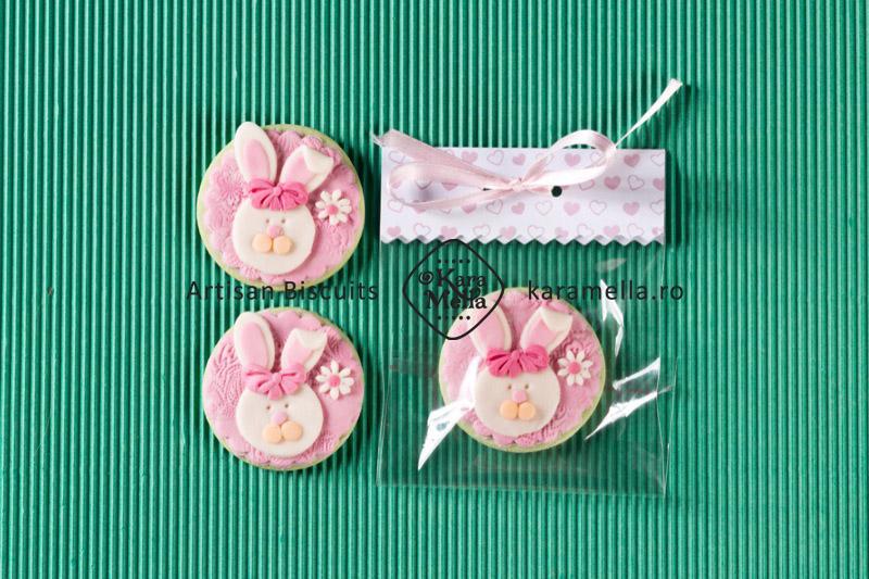 Biscuiți decorați iepurași de Paști